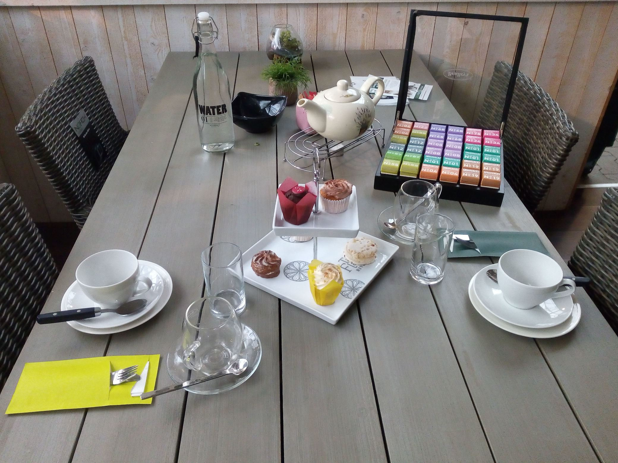 High Tea in lunchroom Den Bosch